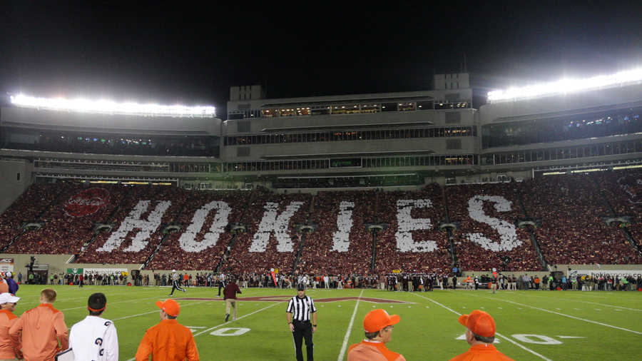 Virginia Tech S Enter Sandman Entrance Against Clemson The