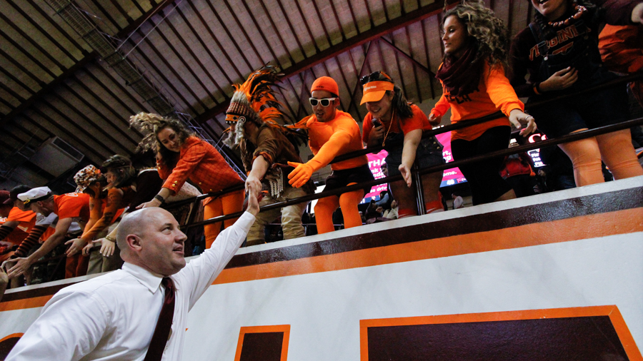 Resultado de imagen de buzz williams virginia tech